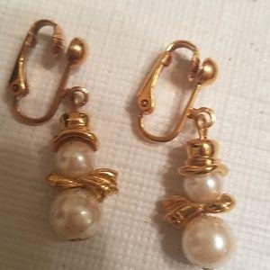 AVON Pearly Snowman Clip Earrings